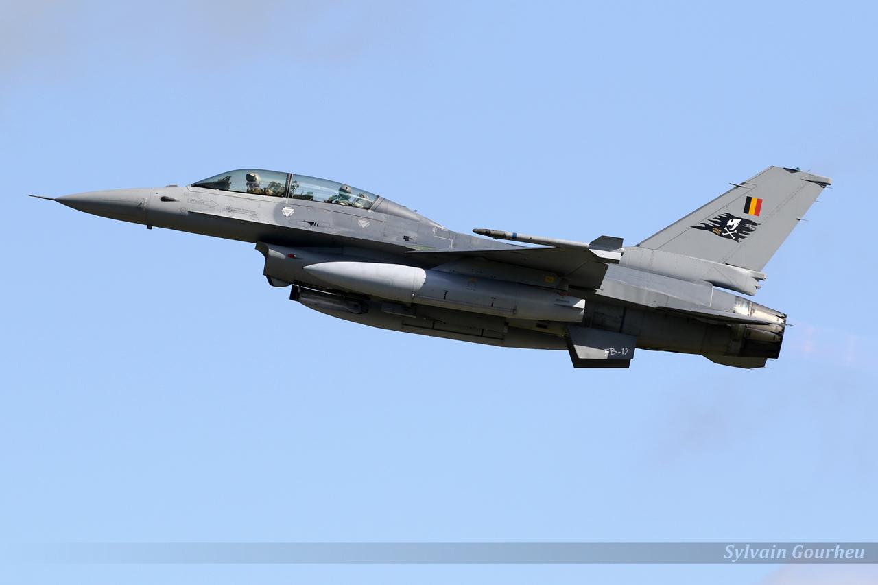 General Dynamics F-16BM Fighting Falcon Belgium Air Force FB-15