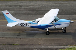 Cessna U206F Stationair OK-EKT