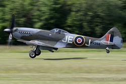 Supermarine Spitfire FR.14e G-SPIT