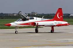 Northrop NF-5B-2000 Tiger Turkey Air Force 71-4021 / 1