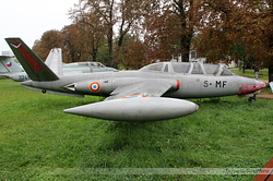 Fouga CM-170R Magister Armée de l'Air 458 / 5-MF