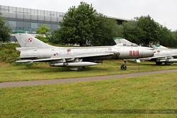 Sukhoi Su-7BKL Polish Air Force 806