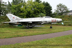Mikoyan-Gurevich MiG-21F-13 Polish Air Force 809 / C
