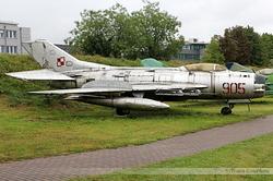 Mikoyan-Gurevich MiG-19PM Polish Air Force 905