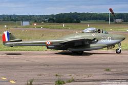 De Havilland Vampire FB.6 700 / G-DU / F-AZIK