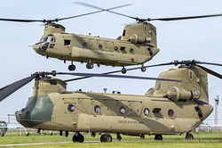 Boeing CH-47F Chinook United States Army 16-08202 & 16-08200