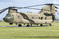 Boeing CH-47F Chinook United States Army 15-08195