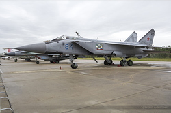 Mikoyan-Gurevich MiG-31BM Foxhound Russian Air Force RF-95449 / 84 Blue
