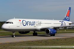Airbus A321-231 Onur Air TC-OBF