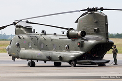 Boeing Chinook HC2 Royal Air Force ZA670 / AA