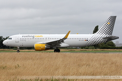 Airbus A320-214(WL) Vueling Airlines EC-LVO